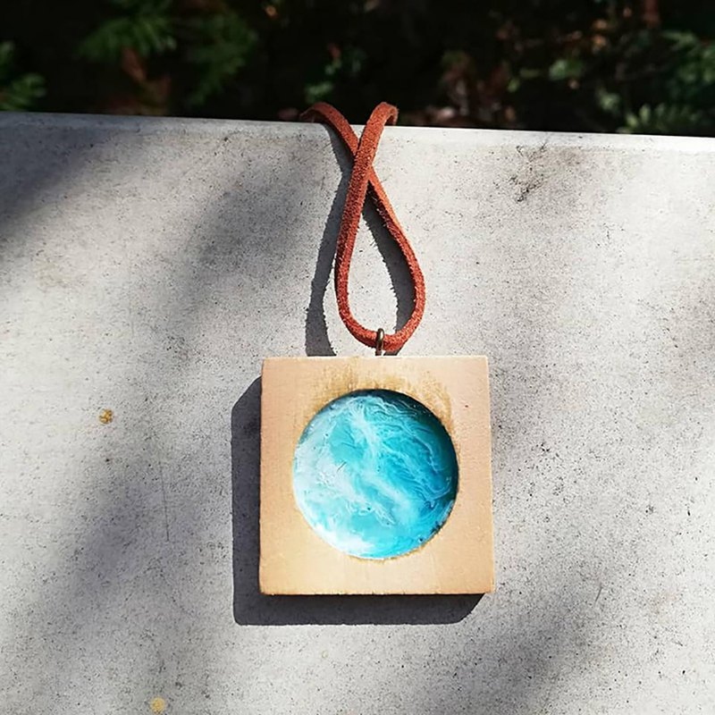 Hand-painted marine small hanging necklace - Classic Series -Art Piece No. P01