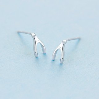 Wishbone Earring in 925 Sterling Silver