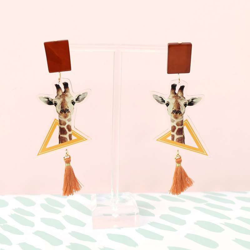 Giraffe circus acrylic printed fringed shell mix and match exaggerated national wind earrings ear clip