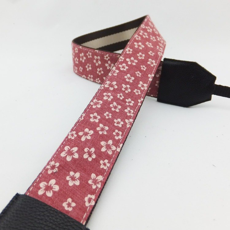 Gifts can be customized with their names stitched leather camera strap stitching literary style 205