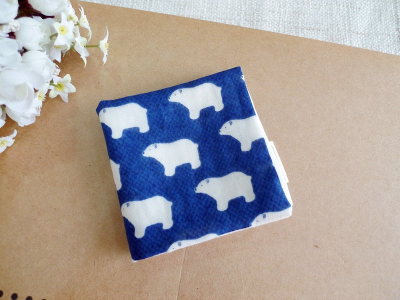 Cotton gauze handkerchief / saliva towel / small square scarf - small polar bear (dark blue)