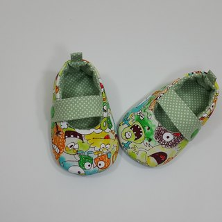A ugly little monster baby shoes (yellow / pink)