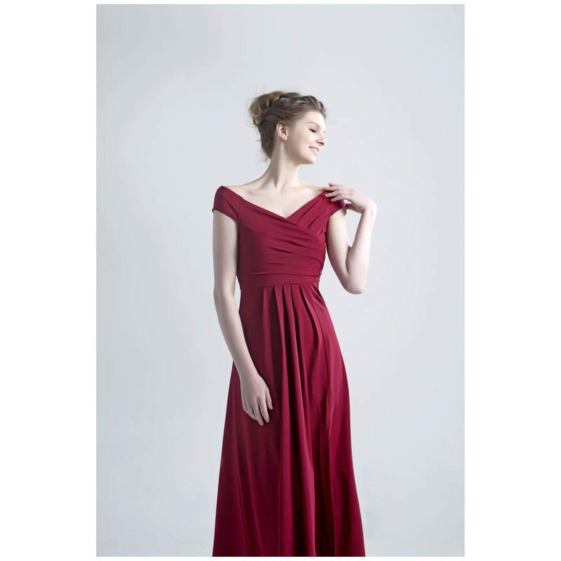 RUBY Evening gown