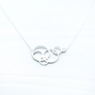<GEOMETRIC CIRCLES> Delicate Sterling Silver Clavicle Necklace