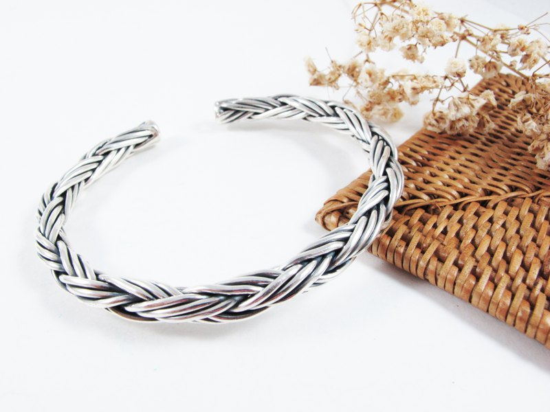 Model Series Three-line Braided Silver Bracelet - Inlove