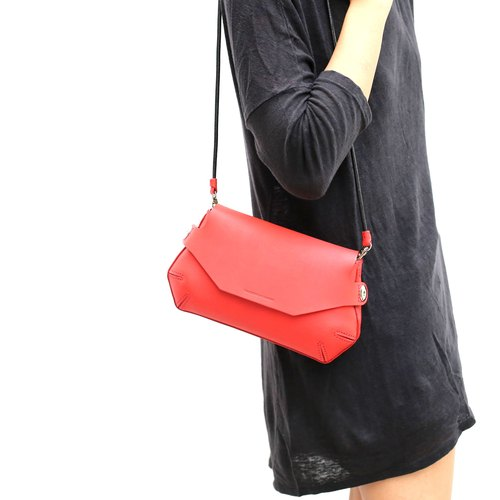 Pomely clutch bag /Red
