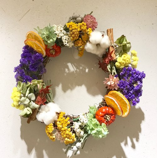 Not withering flowers - autumn fruit wreath