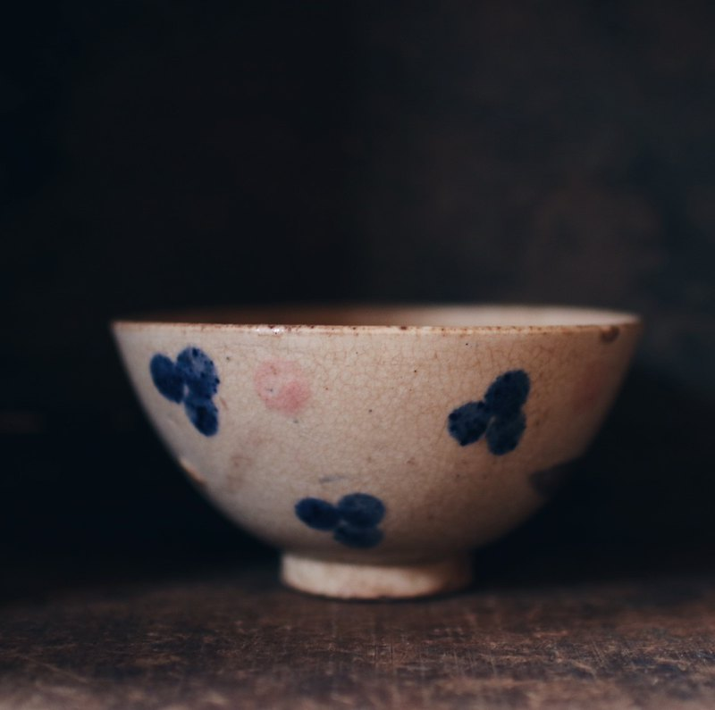 Early hand painted flower bowl A
