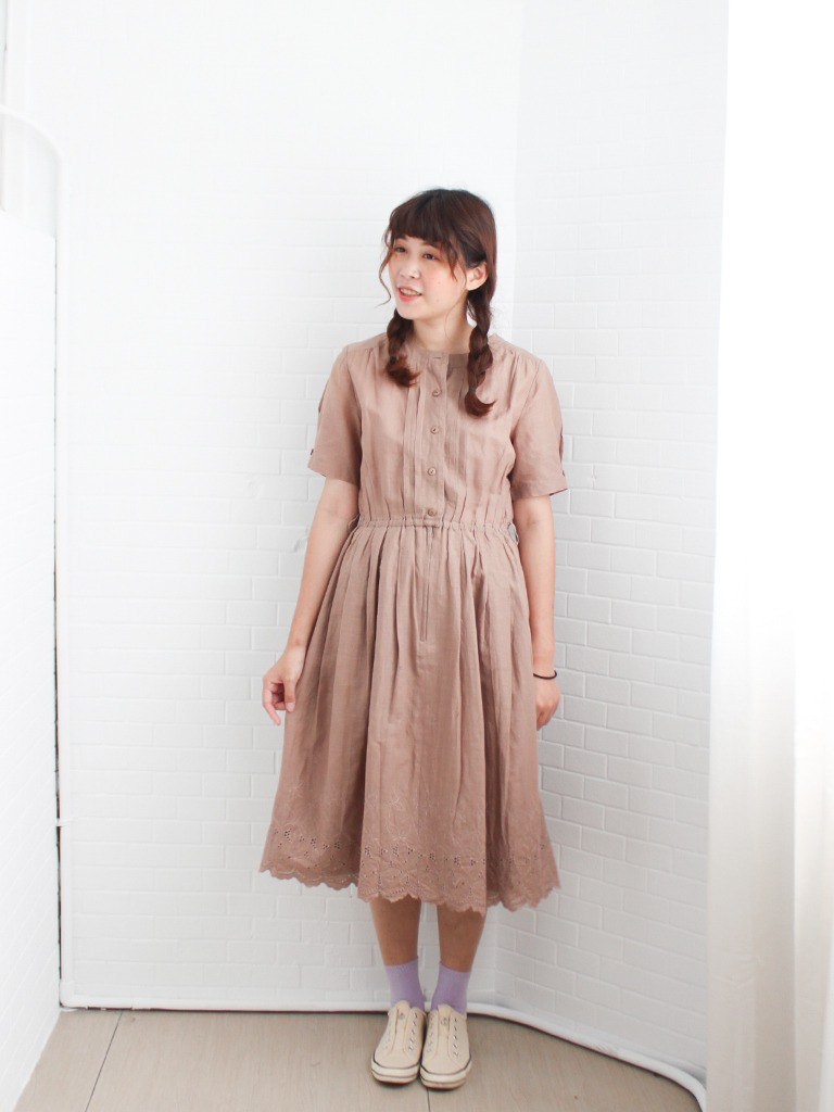 Retro summer style simple and elegant embroidery hem cocoa cotton and linen short-sleeved vintage dress