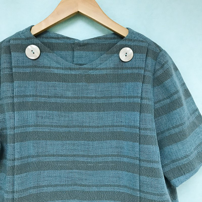 Vintage blouse / green bi-color linen short-sleeved shirt