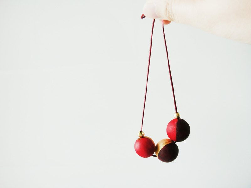 Wooden Red & Gold Necklace-1