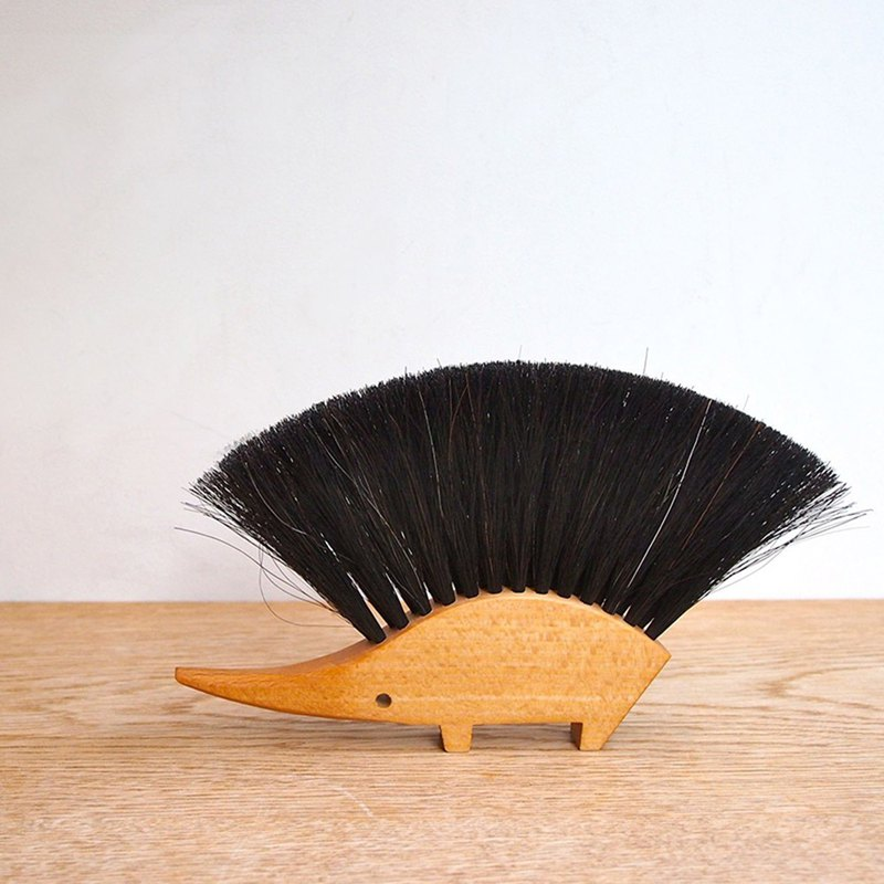Redecker - Hedgehog small brush on the table