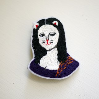The Mona Lisa hand-embroidery brooch