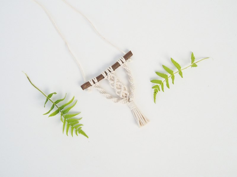 【 Macramé x Guava wood Collection 】Necklace │ Handwoven │ String of Diamond 005
