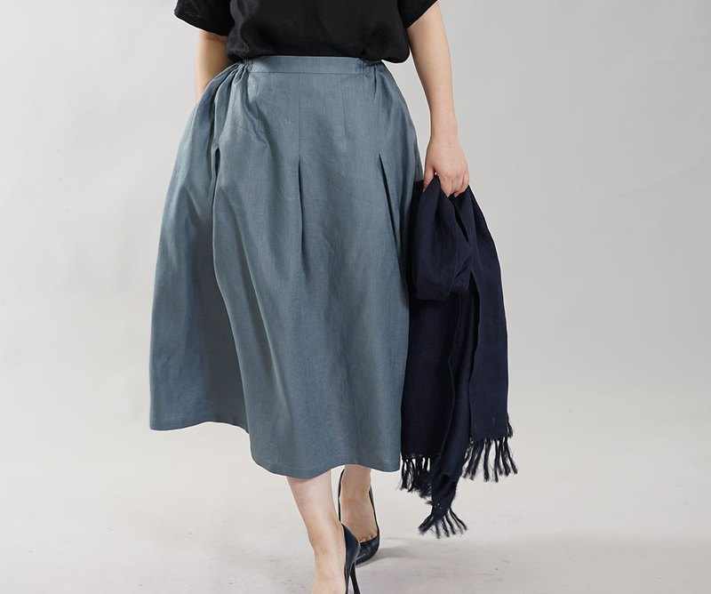 wafu  Linen skirt / long length / tuck / elastic waist / ash blue s019a-ebn2