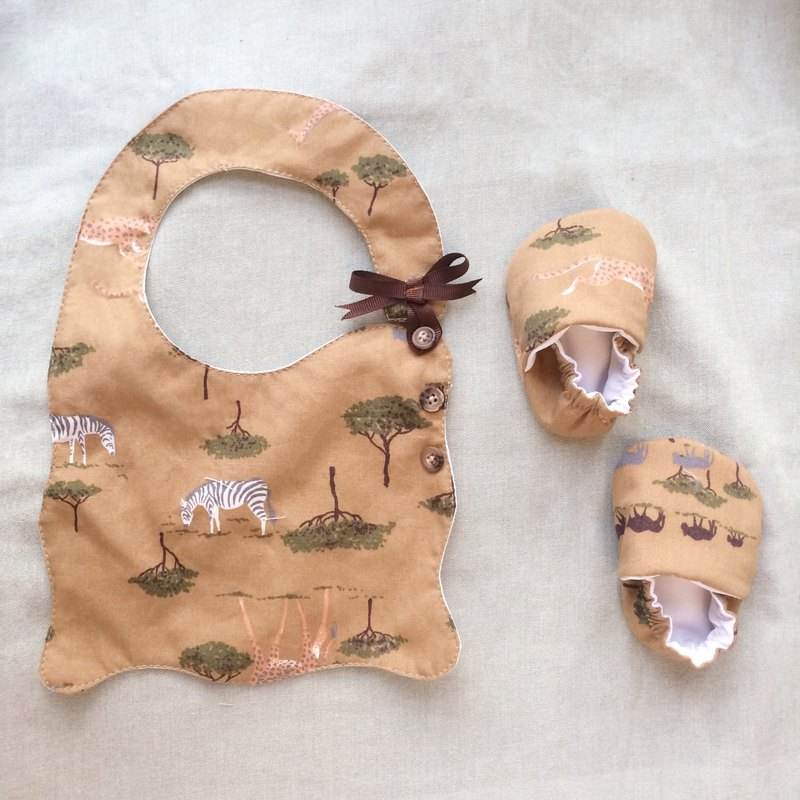 Handmade jungle nature wind baby newborn / Miyue gift box (bib + shoes)