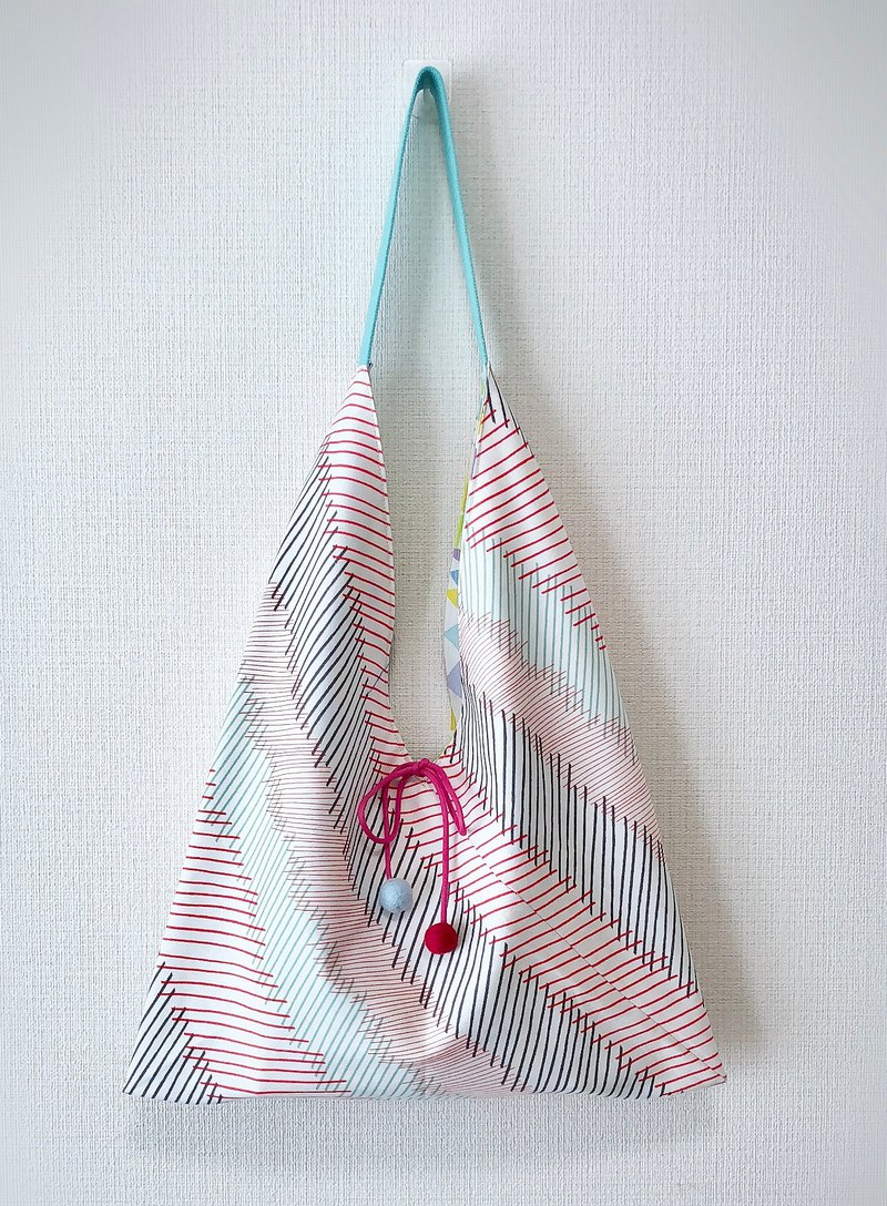 2019 spring / Japanese style side backpack / large size / pink color triangle / strip / double-sided