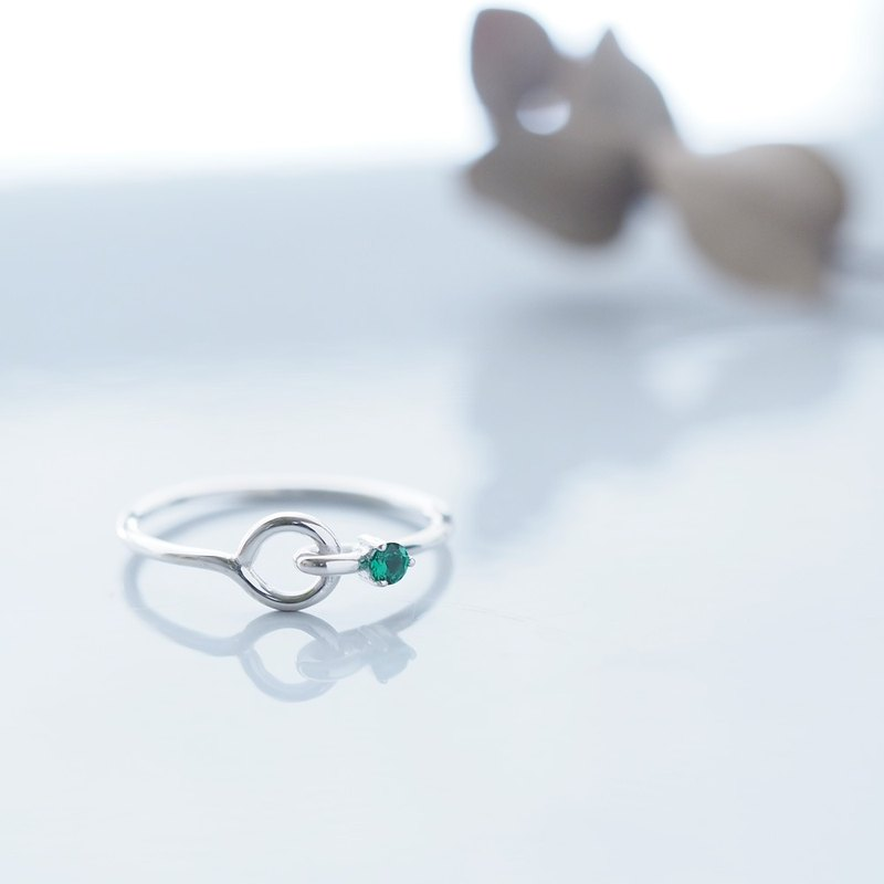 Emerald stone Wirering Silver 925