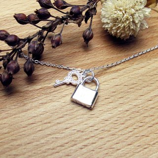 Pledge Vow - Key with Lock 925 Silver Necklace