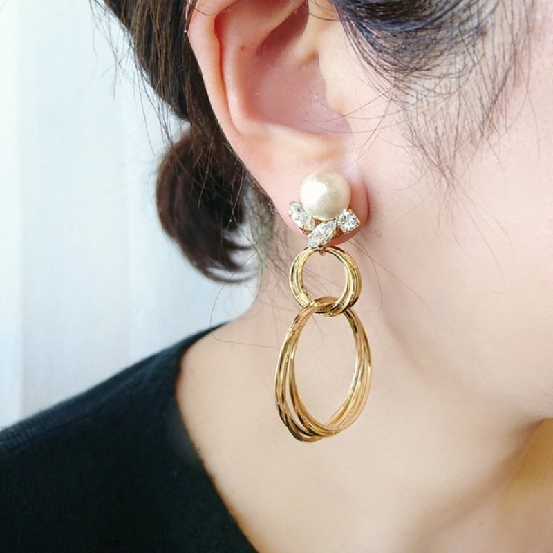 【2way】 cotton pearl and double ring earring, pierced
