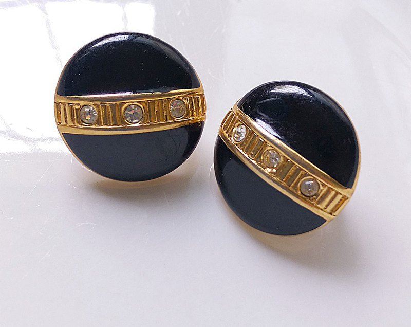 [Western antique jewelry / old age] 1970s modern baby egg clip earrings