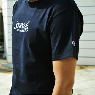 [] INNATE cursive logo Champion dark blue short Tee-