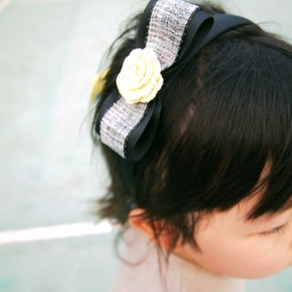 Custom hand-knitted cute girl light yellow rose flower headband BH062