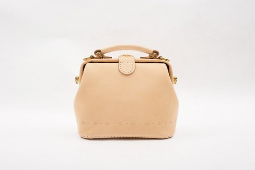 【Cut-off】 Doctor's mouth wrapped in gold bag Pure hand sewn tanned leather leather retro carved lady cute shoulder bag handbag original leather color
