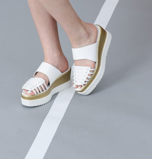 Interlaced Woven Toe Serrated Platform Leather Sandals White Gold