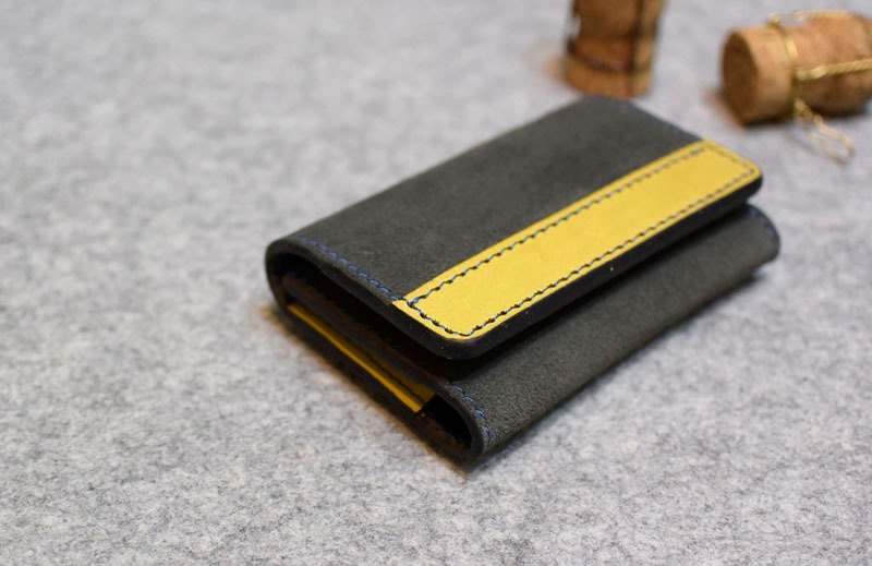 YOURS horizontal long-length leather large-capacity business card holder (can be placed in a hundred sheets) gray suede + mustard leather