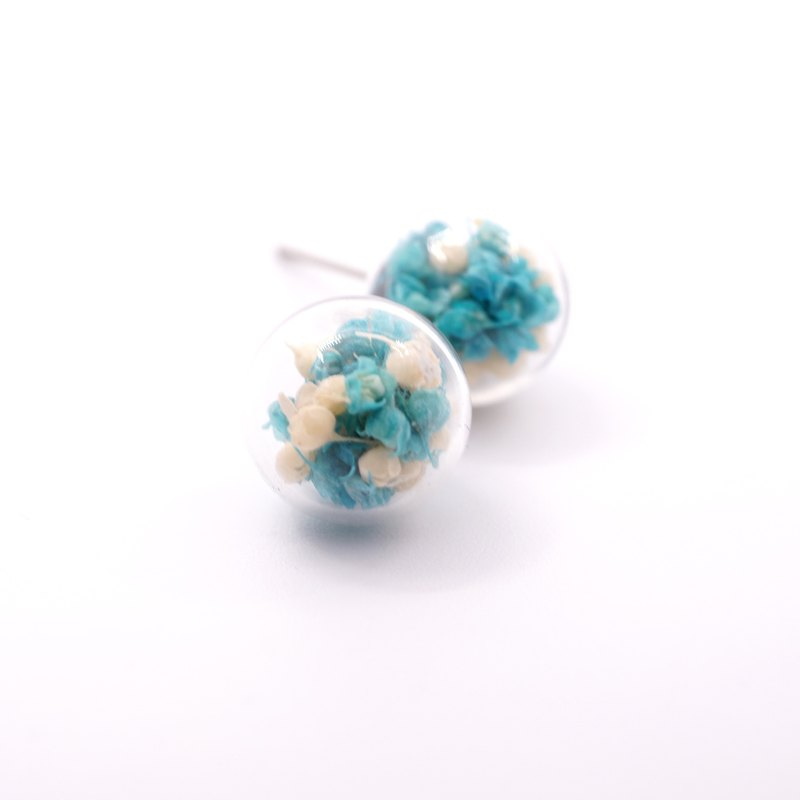 A Handmade blue hue Xia grass glass ball earrings