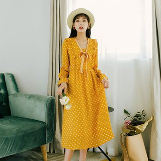 2018 autumn women's new wooden ear trumpet sleeves dress dress