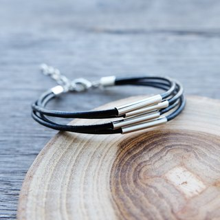 Genuine leather cord bracelet in black
