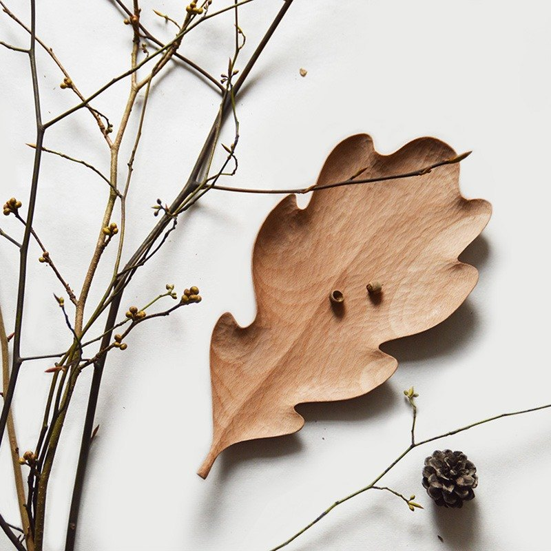 Mountain house senser 槲 leaves wood plate original handmade wooden snack snack wood plate leaves creative plate