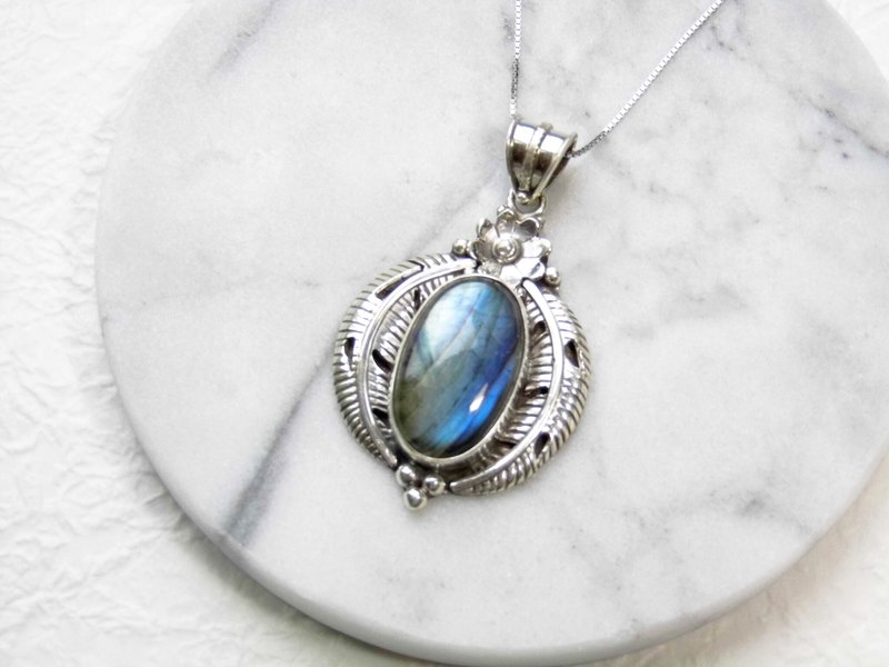 Labradorite stone spectrum 925 sterling silver angel wing design necklace, Nepal handmade inlaid silver (4 models)