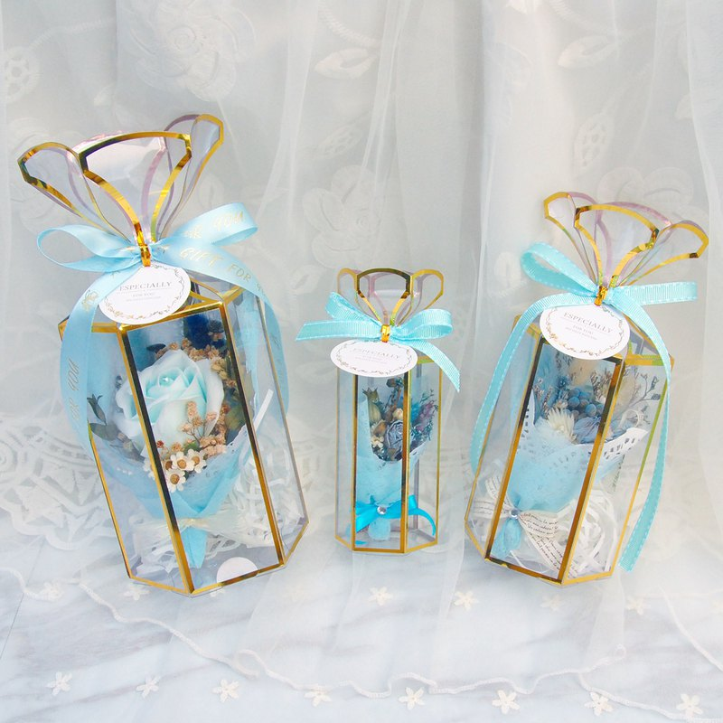 Mini dry bouquet gift box - blue out of blue (big paragraph) with card bag with Christmas packaging