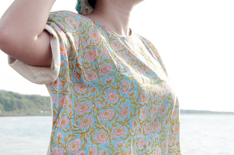 Valentine's Day Gifts Handmade Wooden Printed Cotton Tops / Indian Cotton Tops / Handmade Woven Tops / ethnic tops / blockprint Widescreen Tops - Wooden Prints Romantic Flowers