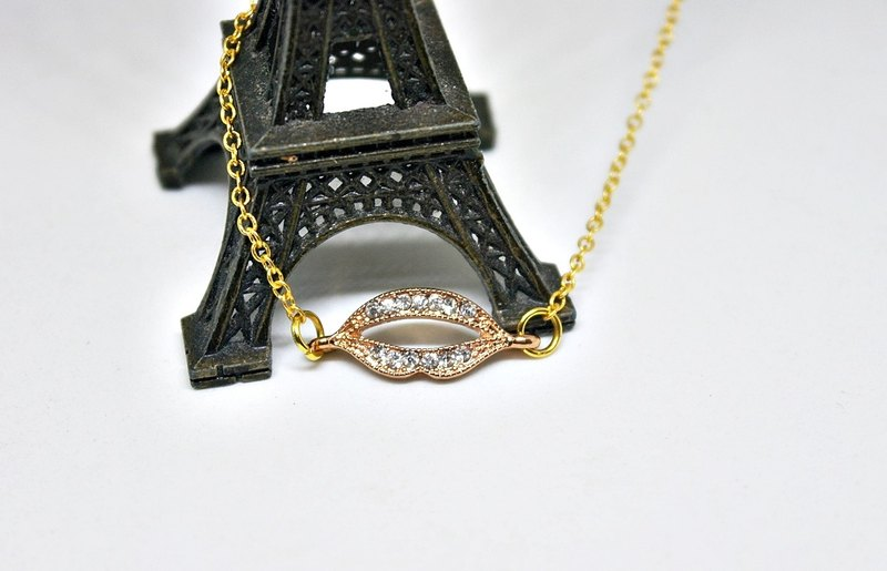 Alloy X Rhinestone Necklace <Kiss Me> -Limited*1-