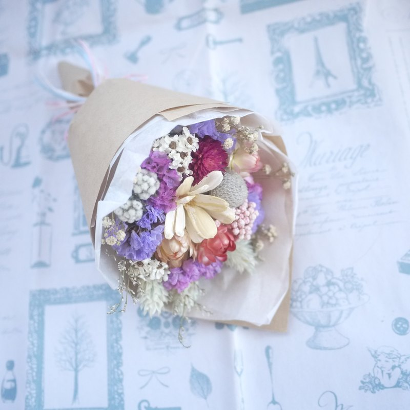 To be continued | small dried flower bouquet wedding gift wedding gifts arranged small objects bridesmaid gift can choose the color of Valentine's Day