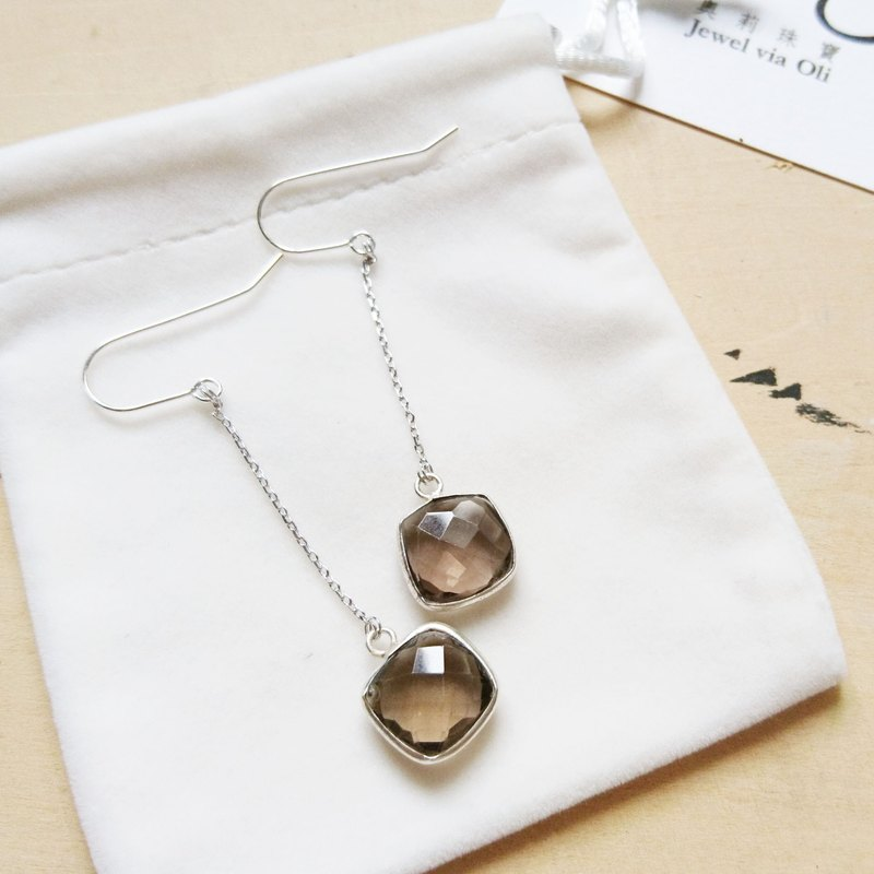 Free postage : Dangle Smoky Quartz Earrings | Able to change into clip on