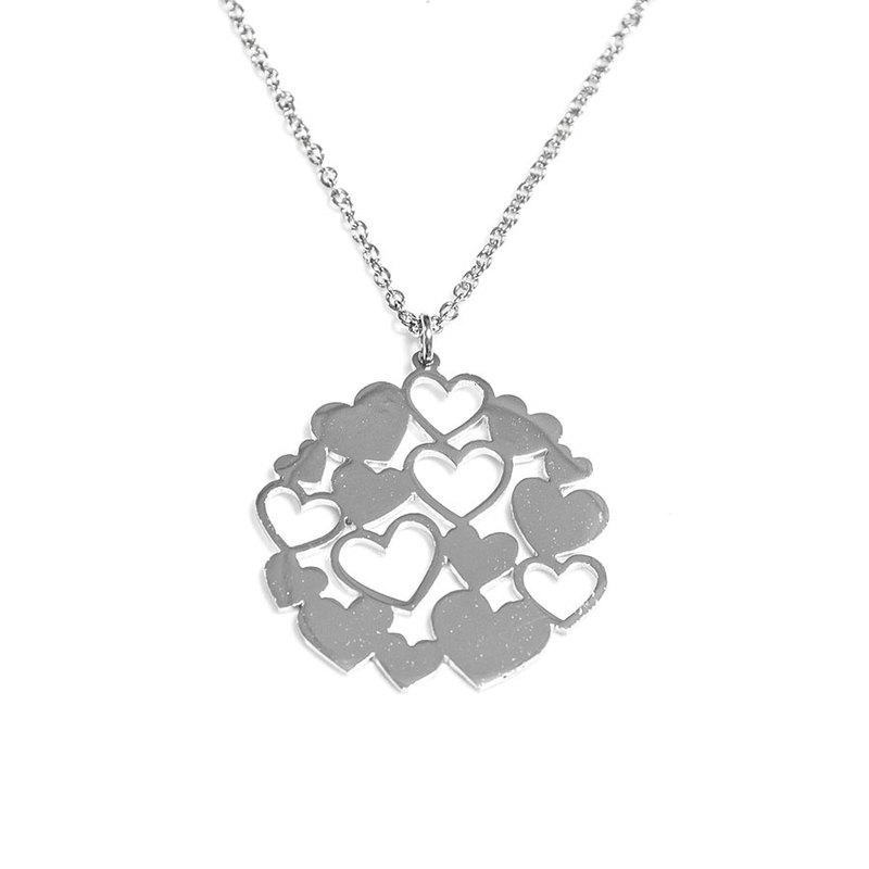 Small heart in round shape pendant