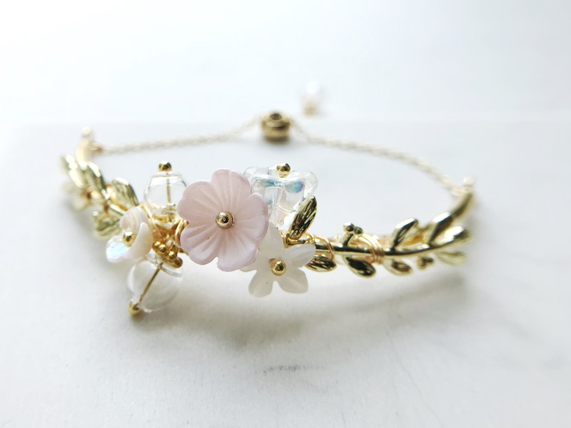 CLARETSwhite | Flower Party Bangle - Baby Pink