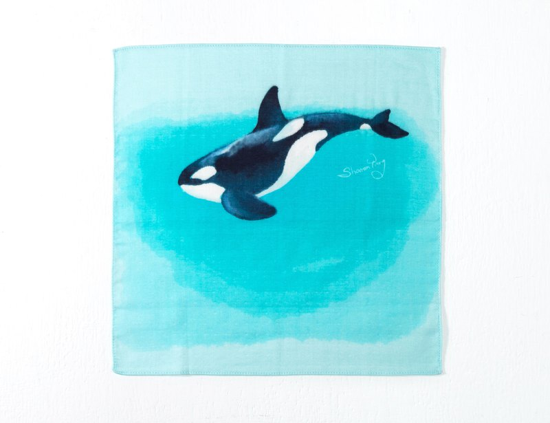Big towel fish. Killer Whale. Big and small handkerchiefs