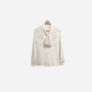 Dislocation vintage / lace embroidered strap white shirt no.344 vintage