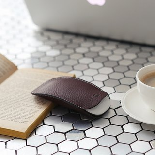 SLG Design D6 IMBL Top Leather Magic Mouse Storage Case & Mouse Pad Set - Dark Brown