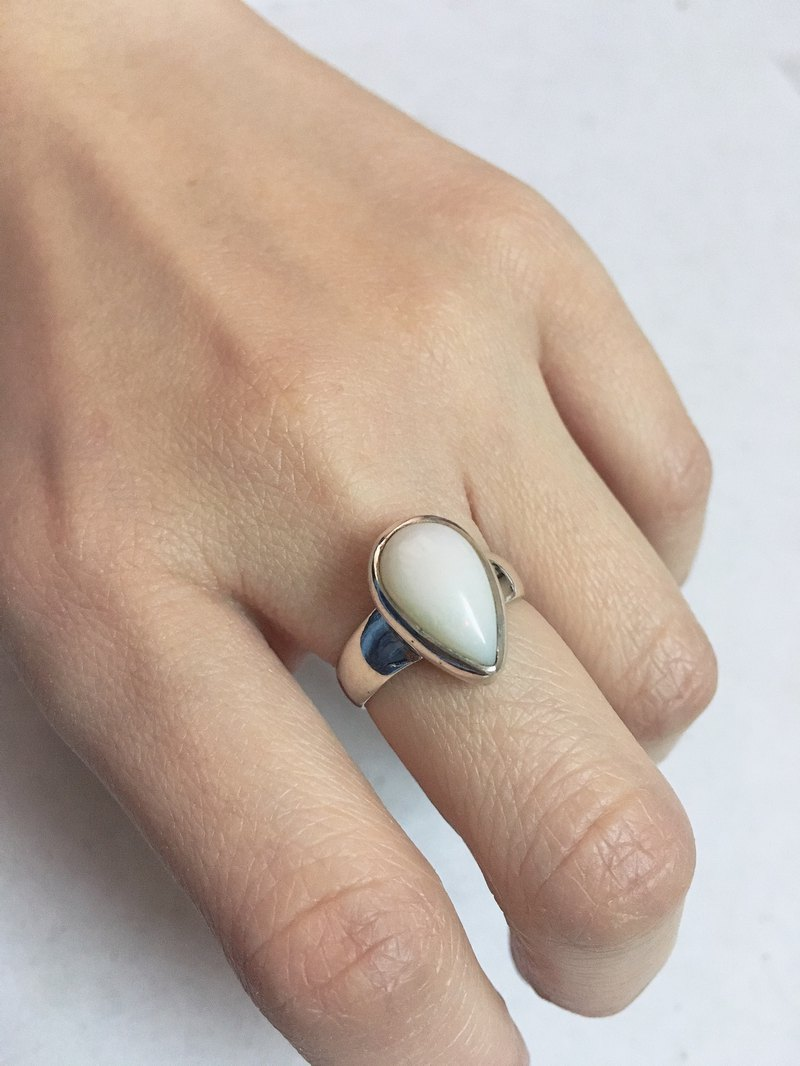 Opal Finger Ring Handmade in Nepal 92.5% Silver