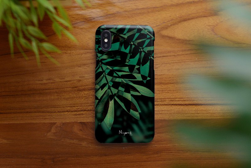 iphone case green and black leafs for iphone 6,7,8, iphone xs, iphone xs max