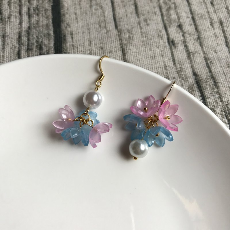 Fantasy Flower Pearl Earrings