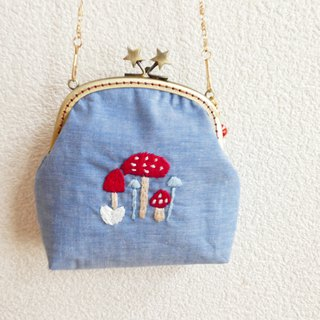 Embroidery handmade bags mushrooms