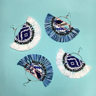 earrings : fan design blue shade